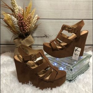 ⚡️NWT⚡️ Express Wedges